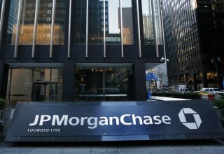 JPMorgan Chase Faces $1 Million Class Action Over Crypto Fees