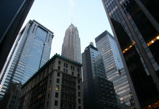Analysts Predict Future of Bitcoin Trading Will Be On Wall St