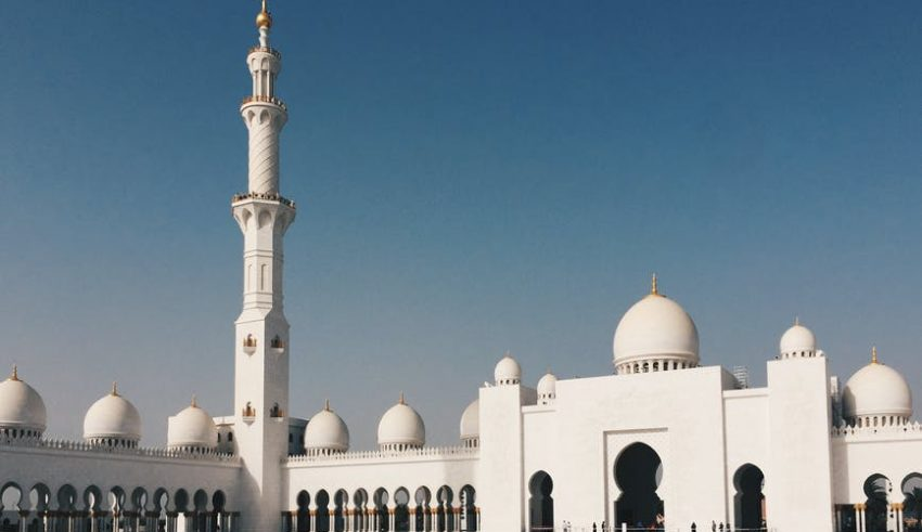 Bitcoin Permissible Under Islamic Sharia Law, Claims Scholar