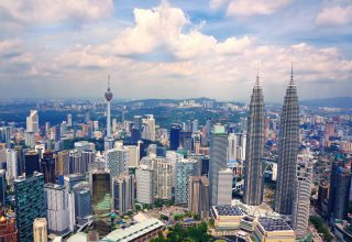 Malaysian Crypto Issuers Must Get Central Bank Approval