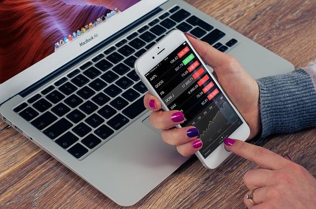 Nasdaq, Bloomberg, Reuters List CoinMarketCap Crypto Indices