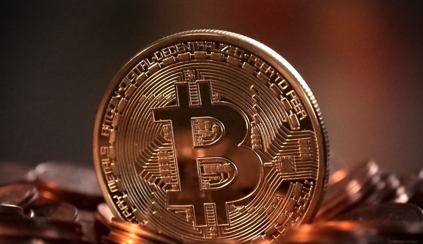 Bitcoin Holds Stubbornly at $11,500